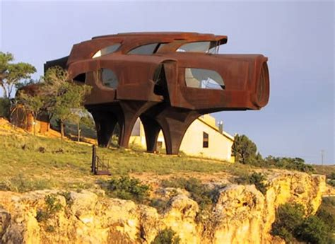 bizarre houses 20 most bizarre houses around the world oddee