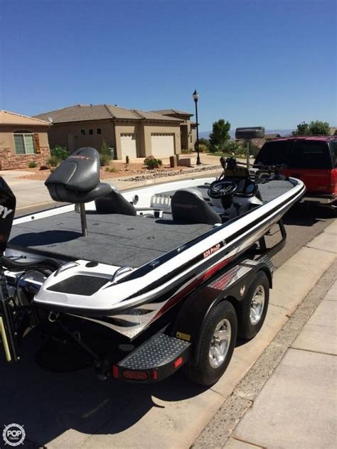 phoenix boats 920 pro xp 2014 used phoenix 920 pro xp bass boat for sale 61 100