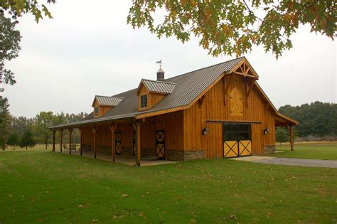 sublime pole barn house decorating ideas with steel built