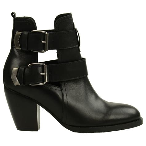 Cut Out Boots by Cut Out Boots Met Hak Enkellaarsjes Sacha