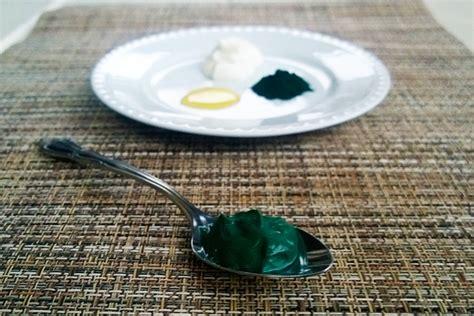 Masker Green Mask Spirulina how to make a superfood spirulina mask for blemish free skin