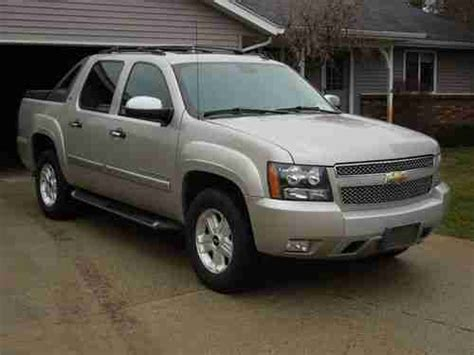 auto air conditioning repair 2008 chevrolet avalanche engine control buy used 2008 chevy avalanche ltz z71 repaired salvage title dvd navigation 4x4 leather in grand