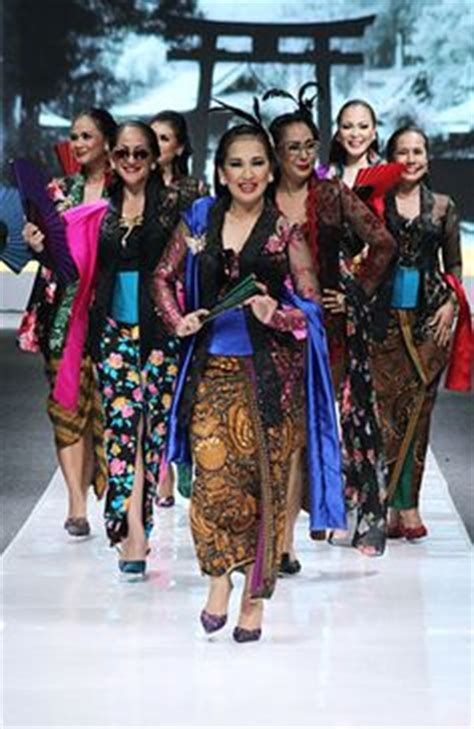 Kutubaru Tafeta kebaya kutubaru on kebaya app and batik dress