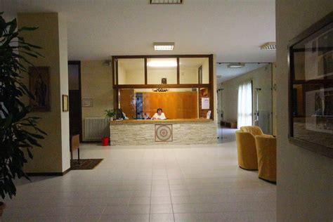 contratto portiere di condominio il condominio non pu 242 affittare l alloggio al portiere