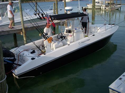 fountain boats factory location fountain 2005 31te for sale price reduced the hull