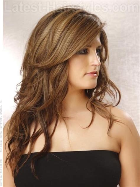 side sweep haicuts in layers for women get fashionable long hairstyle with layers side sweep