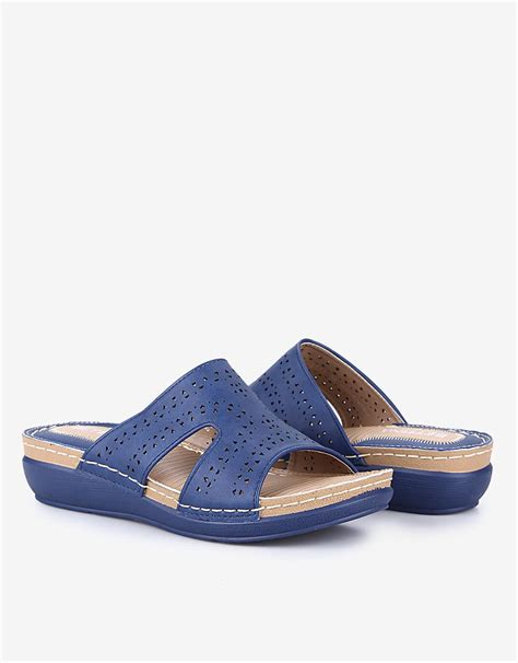 sepatu st yves uk 37 st yves bettina laser cut sandal navy