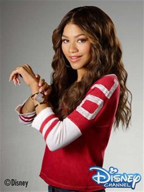 Kacamata Anak Apple Kc 63 Pink 1000 images about k c undercover on zendaya disney channel and disney channel shows