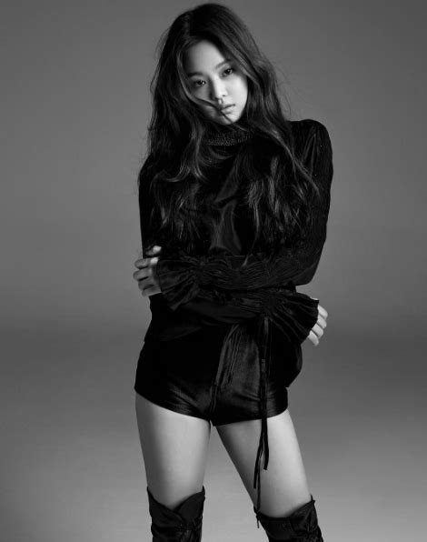 blackpink vogue blackpink s jennie sprains her ankle while shooting inkigayo