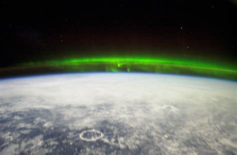 northern lights from space the how what when where and why of seeing the aurora