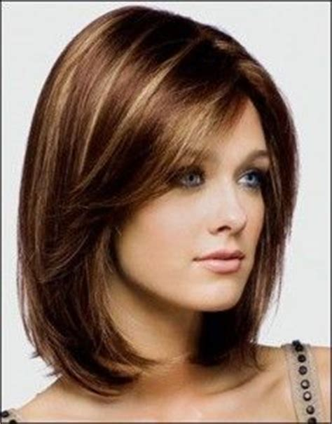 cortes de pelo mediano para mujer exquisitos cortes de pelo moreno y rubio para el pelo
