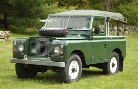 1970 land rover discovery vehicle restoration from america overland