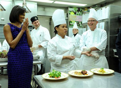 white house chef cristeta comerford white house executive chef wins iron chef cristeta comerford
