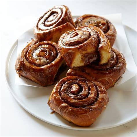 cinnamon rolls williams sonoma