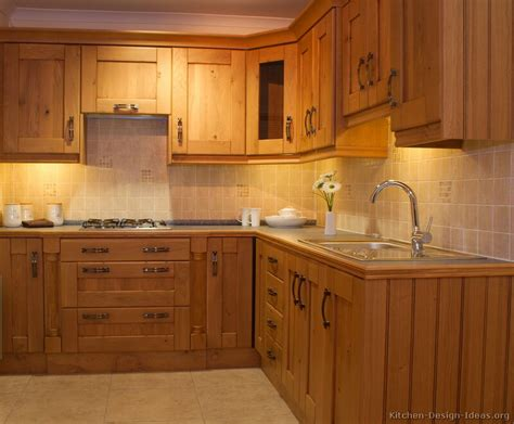 Wood Kitchen Cabinets | pictures of kitchens traditional light wood kitchen