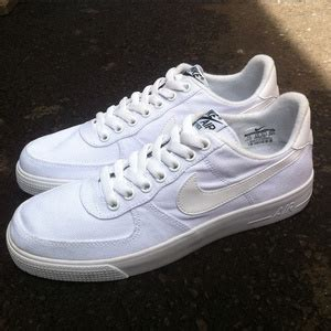 Sepatu Nike One Low Pink List Putih Made In Asli Import nike air 1 white indonesia provincial archives of