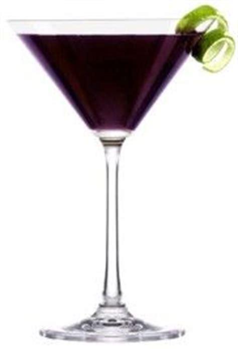 wedding reception purple signature drink ideas for