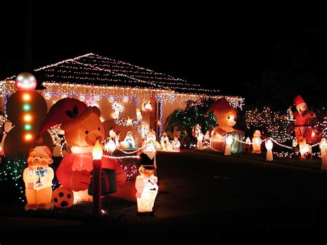 make christmas memorable with giant outdoor christmas
