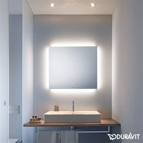 die besten  spiegel mit beleuchtung ideen auf pinterest