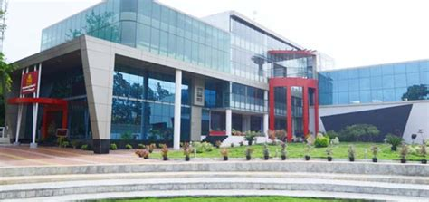 Of East Mba Fees by Cus Isbr Business School Mba Colleges Bangalore