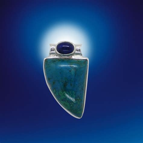 lapis lazuli color lapis lazuli meaning and what are the benefits