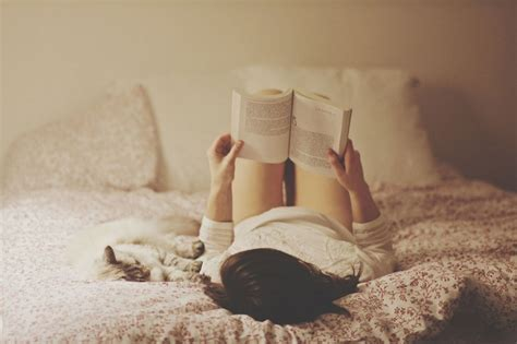 best reading for bed the best books with life lessons for all women to read