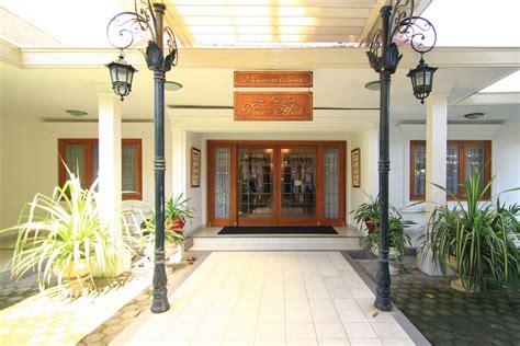 Lokasi Museum Batik Danar Hadi museum batik danar hadi rekaman perkembangan batik indonesiakaya eksplorasi budaya di