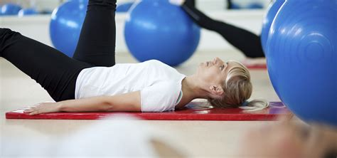 7 Ways To Ease Back by 6 Ways To Ease A Backache Healthcentral