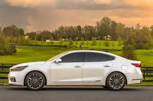 kia cadenza reviews research new used models motor trend