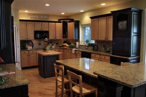 Light Colored Kitchens Oak Cabinets Granite Countertops And Cabinets On