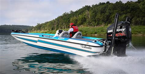 bass cat boat specs bass cat and yar craft unveil 2017 product lines boat