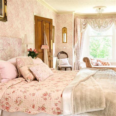 pale pink bedrooms pale pink and floral bedroom bedroom decorating
