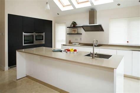Concept Kitchens Dublin by Lineaquattro Signum Quadra Kitchens