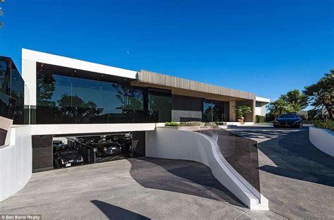 16 Car Garage by Beverley Mansion With 16 Car Garage Vodka Bar Home
