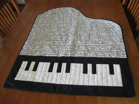 Piano Quilt Pattern by Unusually Shaped Quilts Quilting Gallery Quilting Gallery
