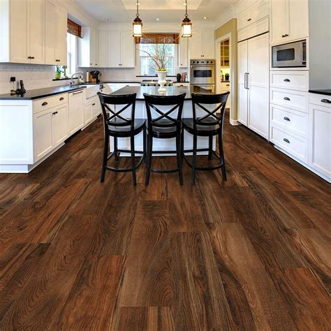 Bathroom Flooring Ideas Vinyl by Best Ideas About Vinyl Plank Flooring On Bathroom Plank