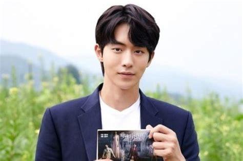 film terbaru nam joo hyuk 8 aktor pria korea yang berasal dari kota busan sosmedmu
