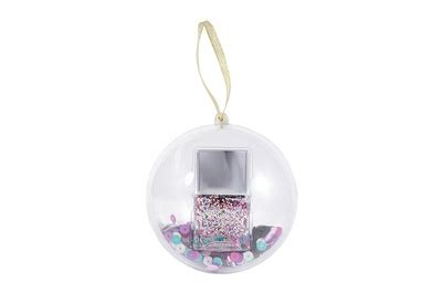 Find Out How Much Is On A Gift Card - top christmas beauty baubles for 2017 global blue