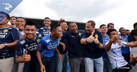 Jersey Persib Datsun persib bandung berita simamaung 187 persib resmi perkenalkan tim jersey dan sponsor