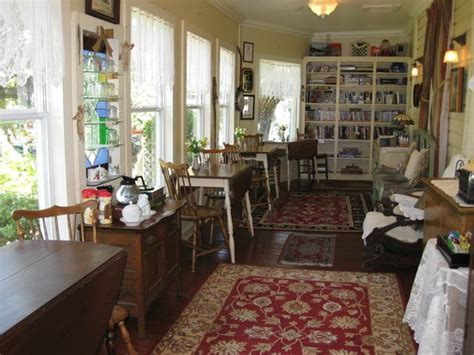 Cedar Key Bed And Breakfast by Small Courtyard Outside Of Honeymoon Cottage Picture Of