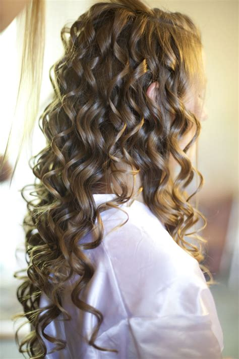 wand curled hairstyles 25 best ideas about curling wand curls on pinterest
