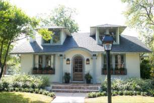 bungalow show homes the beanstalk bungalow magnolia homes bloglovin