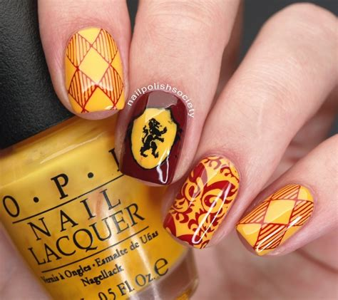 Gryffindor Nail harry potter gryffindor nails nail by emiline harris