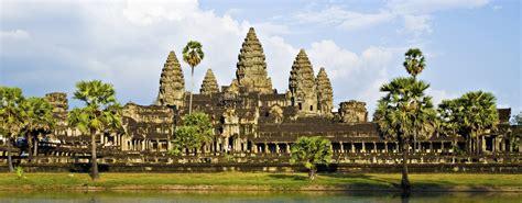 Angkur I cambodia discovery tour ke adventure travel
