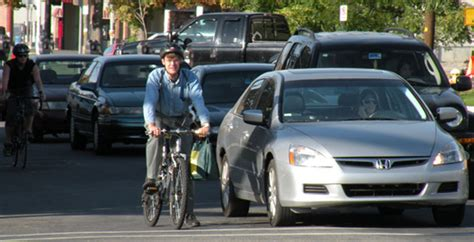 Car Lawyer Ny 2 by Bike Like You Re Driving A Car Says Ny Bike