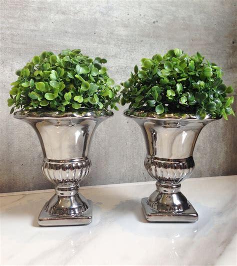 vaso romano par vasos romanos cromados buchinho 201 clair decor elo7