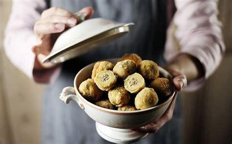 olive fatte in casa olive all ascolana fatte in casa cucina corriere it