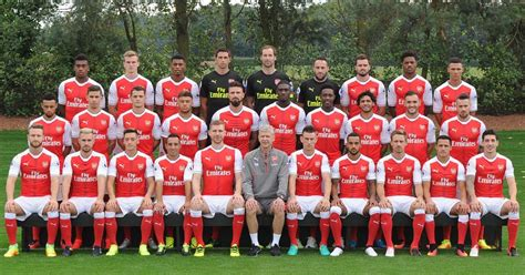 arsenal youth team scottish pundit says arsenal needs six new players to