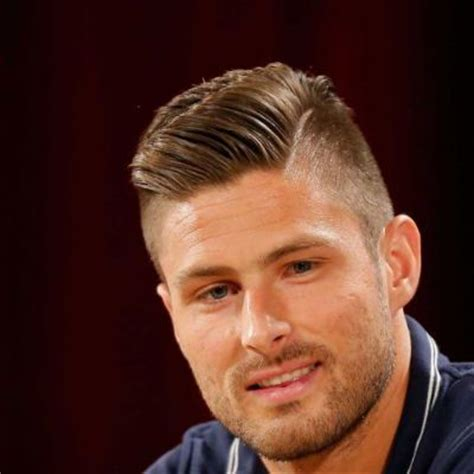 mens soccer hair 30 superstar soccer player haircuts you can copy