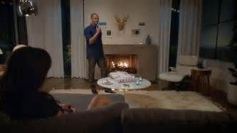 orbit commercial pizza actress orbit tv commercial damon wayans jr tosses pizza out